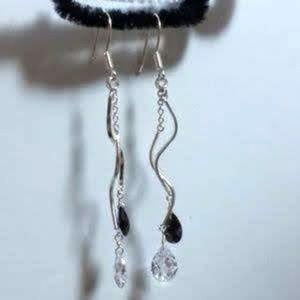 """Pear CZ Sterling dangle earrings NWT 3"""""""